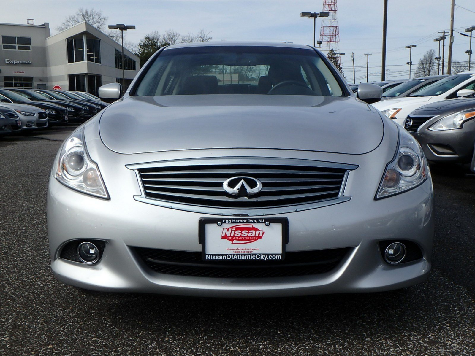 Pre Owned 2015 INFINITI Q40 4dr Car in Egg Harbor Township P5343